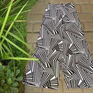 ALICE + OLIVIA Geometric Print Wide Leg Sheer Pant